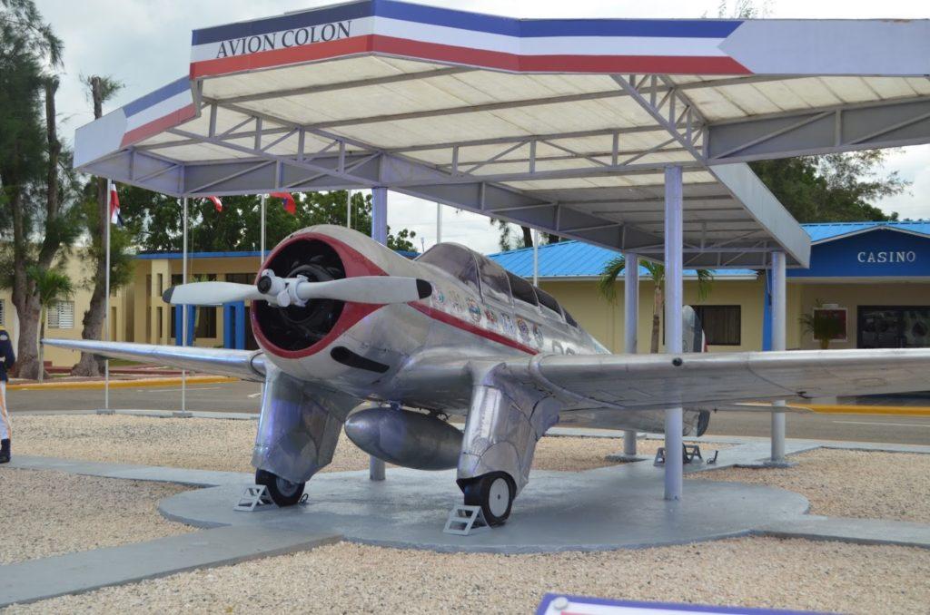 Aereo-pro-Colon-El-vuelo-panamericano-carta-geografica  Aerei-Antonio-Menendez-Pelaez  Aerei-pro-Colon-frank_feliz_miranda  El-vuelo-Ruy-de_Lugo-Vina-doc  Aerei-pro-faro-pulita-jpg  Aerei-per-faro  El-vuelo-panamericano-squadriglia  El-faro-aereo-dominicano-doc  Aereo-Colón-doc-1024x678