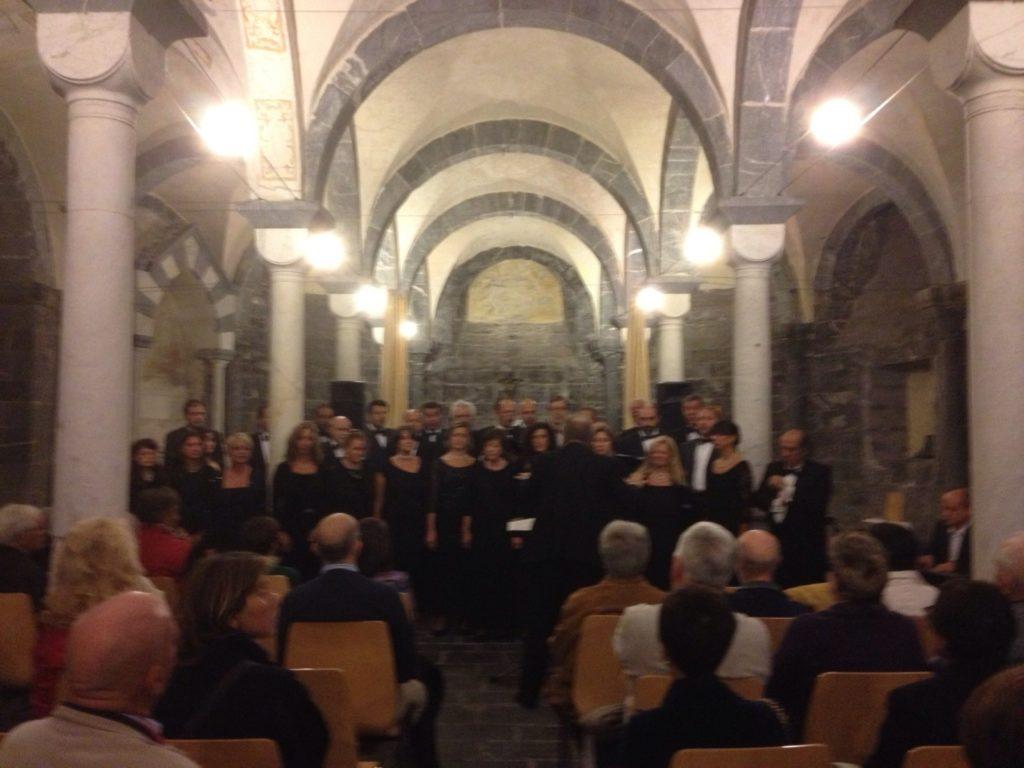 COMMENDA-2013-12-ottobre-Concero-2  Chiostri-2013-Concerto-presentazione  Chiostri-2013-Concerto-il-moderatore  Chiostri-2013-Concerto-pianista  Commenda-1-soprano  Chiostri-2013-Coro-dal-Va-pensiero  CHIOSTRI-2013-Pré-3-1024x768