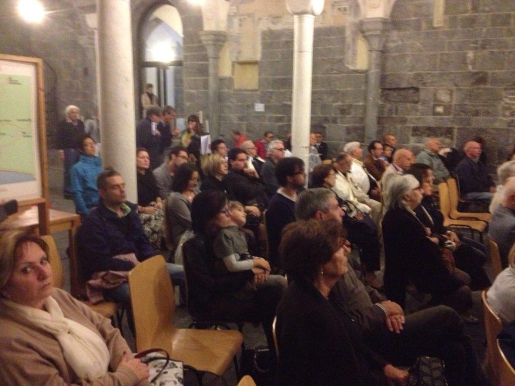 COMMENDA-2013-12-ottobre-Concero-2  Chiostri-2013-Concerto-presentazione  Chiostri-2013-Concerto-il-moderatore  Chiostri-2013-Concerto-pianista  Commenda-1-soprano  Chiostri-2013-Coro-dal-Va-pensiero  CHIOSTRI-2013-Pré-3-1024x768  CHIOSTRI-2013-Pré-6-1024x768  CHIOSTRI-2013-Pré-5-1024x768