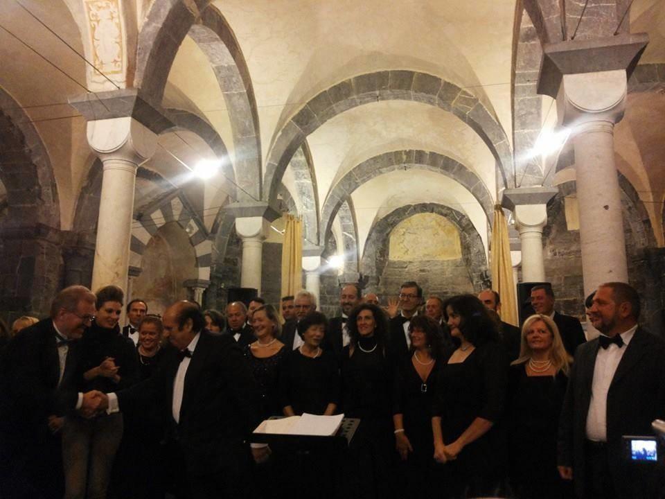 COMMENDA-2013-12-ottobre-Concero-2  Chiostri-2013-Concerto-presentazione  Chiostri-2013-Concerto-il-moderatore  Chiostri-2013-Concerto-pianista  Commenda-1-soprano  Chiostri-2013-Coro-dal-Va-pensiero  CHIOSTRI-2013-Pré-3-1024x768  CHIOSTRI-2013-Pré-6-1024x768  CHIOSTRI-2013-Pré-5-1024x768  CHIOSTRI-2013-Pré-7-1024x768  Chiostri-2013-Concerto-M°-Bergamo  COMMENDA-2013-concerto-1
