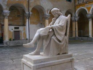 LICEO-COLOMBO-statua-326x245