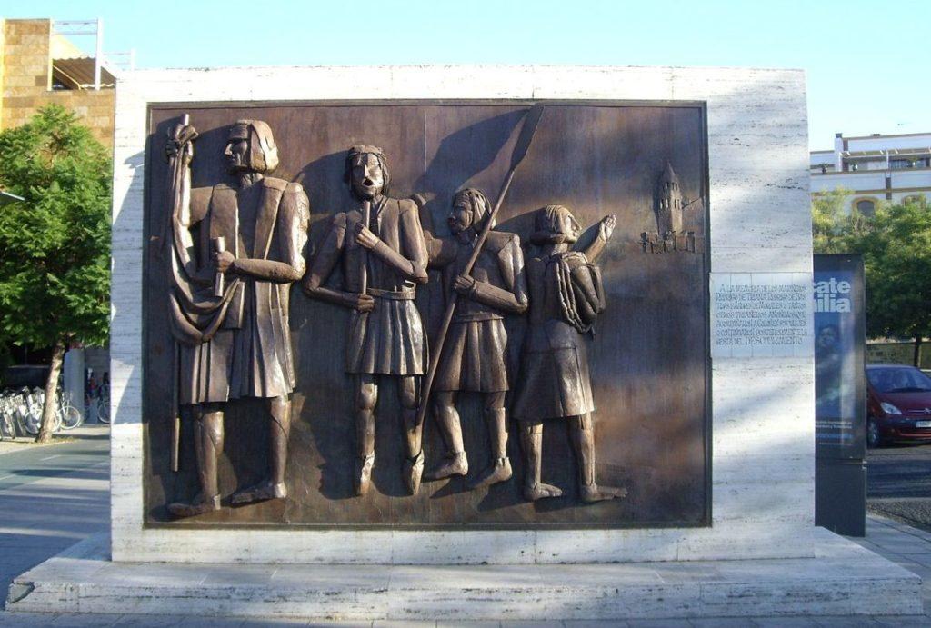 Rodrigo-de-Triana-Monumento-a-los-ángeles-trianeros-Siviglia-1024x691