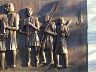 Rodrigo-de-triana-Monumento_a_los_ángeles_trianeros-326x245