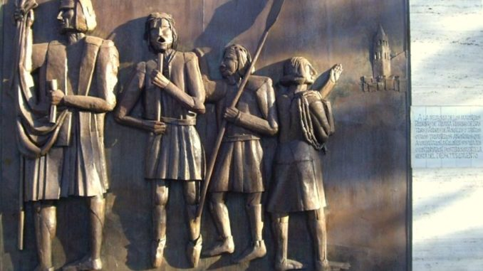 Rodrigo-de-triana-Monumento_a_los_ángeles_trianeros-678x381