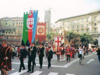 Chiostri-2009-Gonfaloni-Casa-Colombo-326x245
