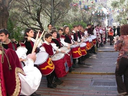 CHIOSTRI-2011-volantino-1-1024x724  CHIOSTRI-2011-volantino-2-1024x720  CHIOSTRI-2011-volantino-Comune-lato-A-989x1024  CHIOSTRI-2011-volantino-omune-993x1024  CHIOSTRI-2011-Città-di-Savona-foto-ricordo-a-Porta-Soprana  CHIOSTRI-2011-Città-di-Savona-a-Porta-Soprana  Chiostri-2011-vico-dritto-Ponticello