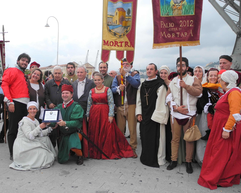 Domenica 7 ottobre 2012 xxi edizione i chiostri del tempo di colombo - B b mondonuovo santa maria al bagno ...
