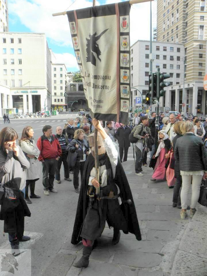Chiostri-2013-volantino-frontespizio-1024x712  Chiostri-2013-volantino-interno-1024x707  CHIOSTRI-2013-LAVAGNA  Chiostri-2013-Colombo_CorteoStorico_-IlSecoloXIX  CHIOSTRI-2013-BOLIVIA-Morenada-in-vico-dritto-Ponticello-1024x683  CHIOSTRI-2013-BOLIVIA-in-Ponticello-1024x683  Chiostri-2013-3-Sbandieratori-Alfieri-delle-Terre-Stesi-in-fila-indiana-sul-marciapiede...  CHIOSTRI-2013-a-piedi-sul-marciapiede...-1  Chiostri-2013-peruviani-in-fila-per-De-ferrari-1-1024x683  Chiostri-2013-BOLIVIA-Repubblica-boliviani  Chiostri-2013-trasferimento-obbligato-a-piedi-sul-marciapiede...-001