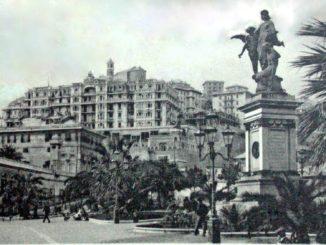 Duca-di-Galliera-statua-Piazza-Commenda-e-Grand-Hotel-1-326x245