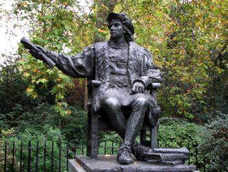LONDRA-Tomas-Banuelos-a-Belgrave-Square-326x245