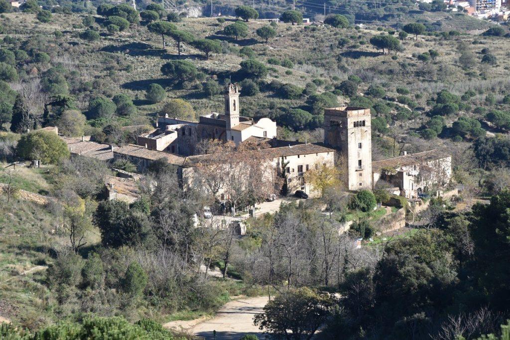 AB-Murtra-panorama-con-il-monastero-1024x683