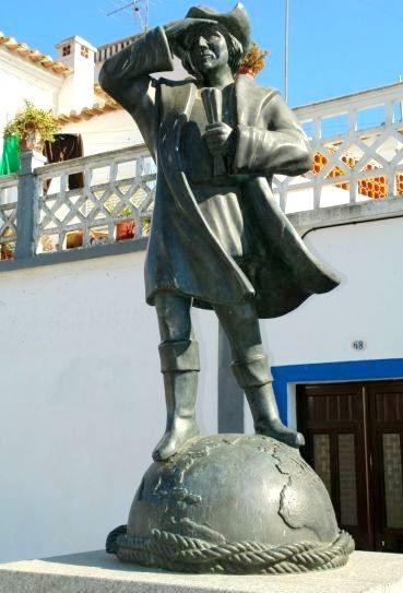 Alentejo-Cuba-statua