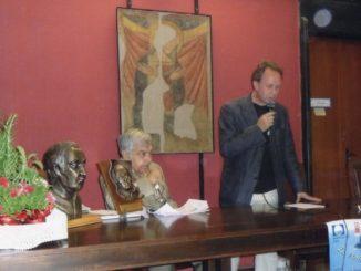 Noli-2008-saluti-del-prof.-Peluffo-326x245