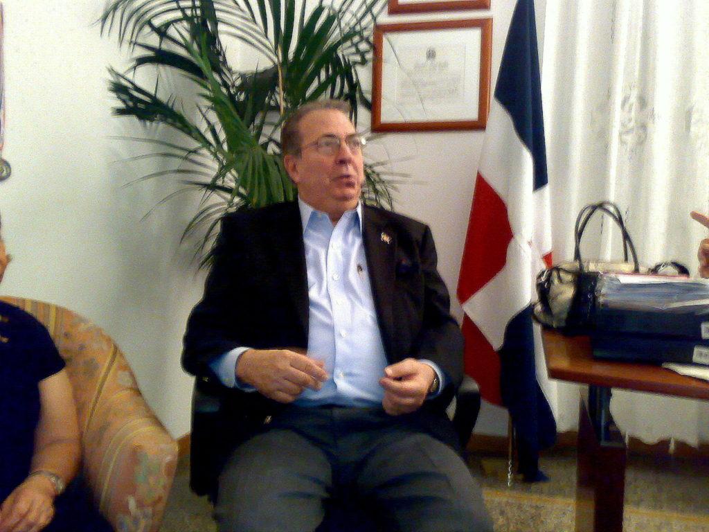 BOSCH-9-786x1024  BOSCH-Dominicana-il-ministro-canta-la-Gaviota-DOC-1024x768