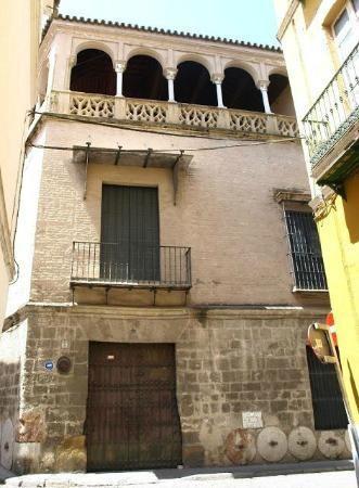 PINELLI-SIVIGLIA-Casa-Pinelos-facciata