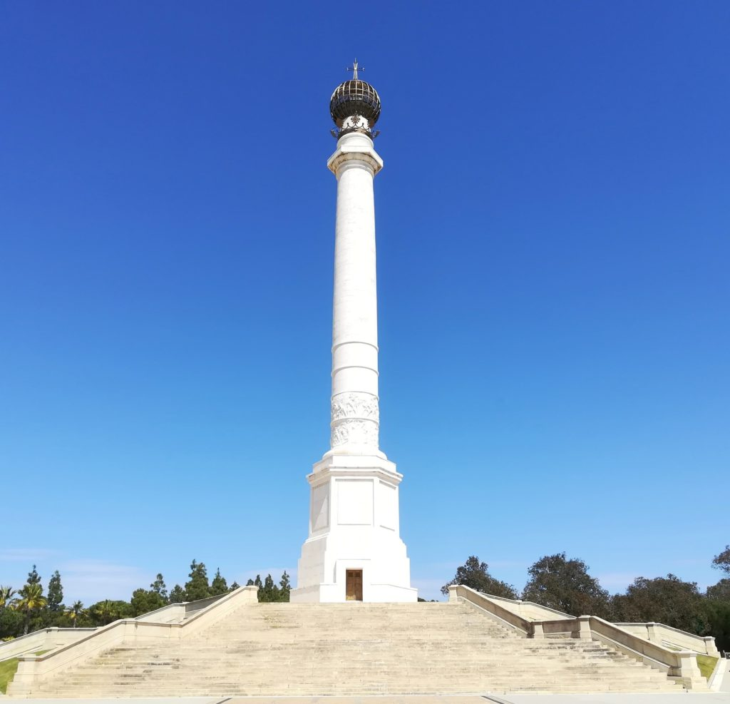 architetto-Velazquez  Architetto-Inauguración_del_Monumento_del_IV_Centenario-1024x678  Architetto-Columna_del_Descubrimiento_de_América-1024x987