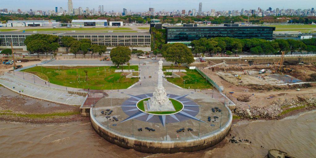 ARNALDO-ZOCCHI-Monumento_a_Colon_en_la_Costanera-1024x512